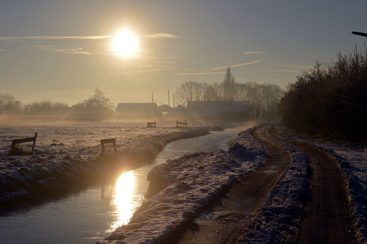 Zonsopkomst Scheendijk winter
