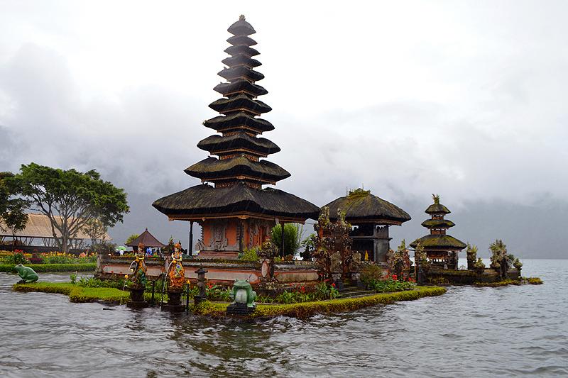 Tempel Ulun Dana aan lake Bratan
