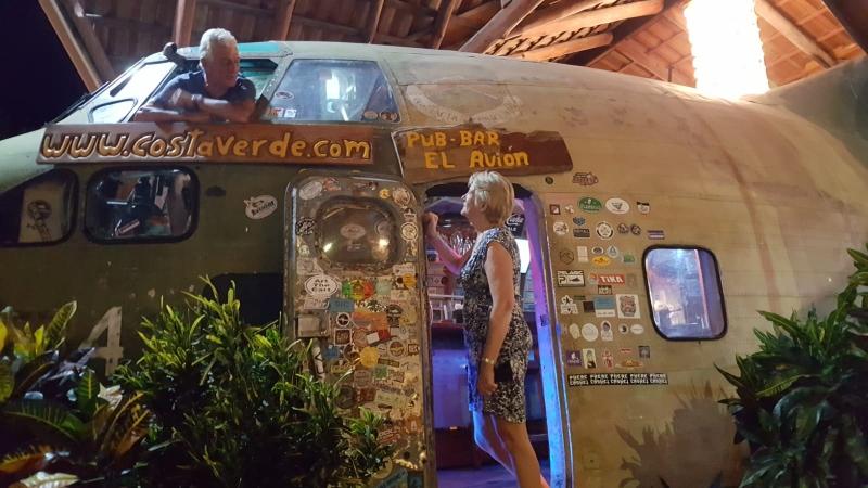 El Avion Bar And Restaurant Manuel Antonio