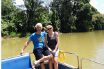 Samen op de punt van de boot