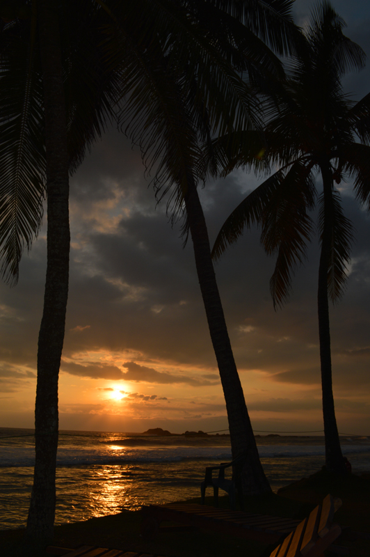 Prachtige zonsondergang Hikkaduwa