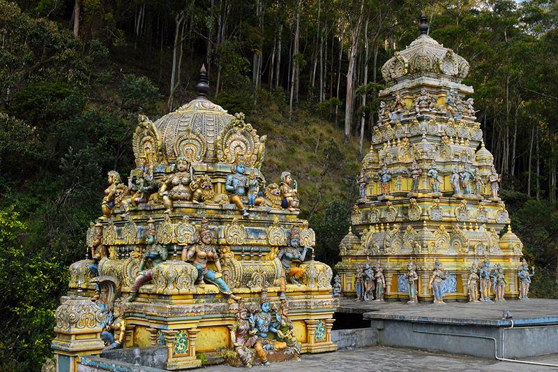 Oud tempeltje te Bandarawela